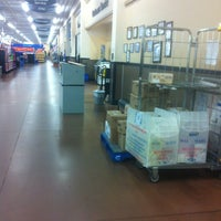 Photo taken at Walmart Supercentre by Julie on 6/18/2013