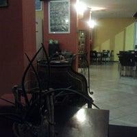 Foto scattata a Bagus Bar da Ivan G. il 10/11/2012