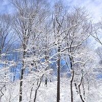 Das Foto wurde bei Central Park - North Woods von Rossanna W. am 2/9/2013 aufgenommen