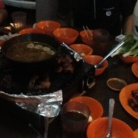 Photo taken at 833 BBQ Steamboat Buffet by Nor N. on 4/7/2013