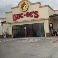 Photo taken at Buc-ee's by Chloe on 5/26/2013
