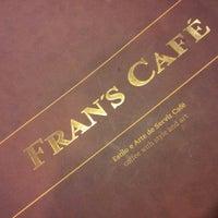 Foto scattata a Fran's Café da Juh N. il 9/22/2012