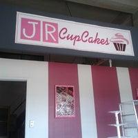 Photo taken at JR Cupcakes by Mnut C. on 8/27/2013
