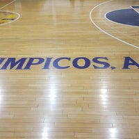 Photo taken at Los Olimpicos by Gustavo S. on 12/2/2015