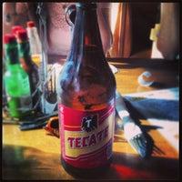 Foto tomada en Mucho Tequila And Tacos por Enrique B. el 5/26/2013