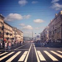 Снимок сделан в Невский проспект пользователем Slavina H. 7/28/2013