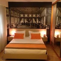 5/15/2013 tarihinde Сергей К.ziyaretçi tarafından Cheya Hotel & Suites - BesIktas/Istanbul'de çekilen fotoğraf