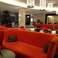 Снимок сделан в Radisson Hotel пользователем Trin 12/24/2012