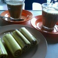 Photo taken at Black Coffee by Surya K. on 11/3/2012