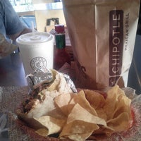 Photo taken at Chipotle Mexican Grill by Adam Victor M. on 11/10/2012