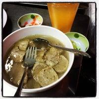 Photo taken at Hajah Basiroh Muslim Food by Saiful Nizam D. on 12/10/2012