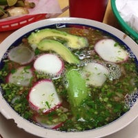 Foto scattata a Taqueria Los Gallos #2 da Mike il 11/6/2012