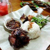 Photo taken at Ayam Penyet Surabaya by Saptonugroho R. on 2/15/2014