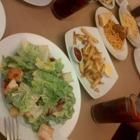 Photo taken at Pizza Hut by Francis B. on 7/27/2013
