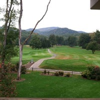 Photo taken at The Waynesville Inn Golf Resort & Spa by Jody on 10/12/2012
