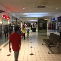 Photo taken at Irving Mall by 4⃣Leonidas™ on 10/12/2012