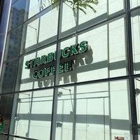 Photo taken at Starbucks by 4⃣Leonidas™ on 6/8/2013