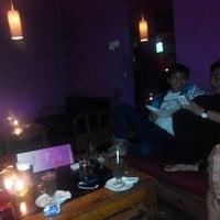 Foto tomada en Dago 254 Bar & Restaurant (Cloud 9) por Dyah S. el 12/7/2013
