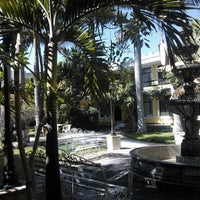 Photo taken at Hotel Posada Santa Fe by Peris on 1/25/2014