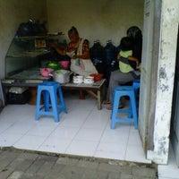 Photo taken at Kampung Batik by Robby I. on 2/16/2013