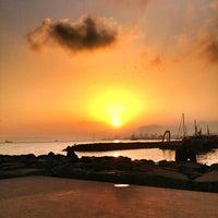 2/23/2013 tarihinde Coşkun Çalışanziyaretçi tarafından Avcılar Sahili'de çekilen fotoğraf