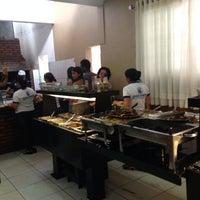Das Foto wurde bei Tio Sam Restaurante von Walison P. am 11/30/2013 aufgenommen