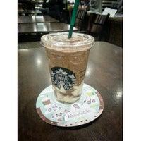 Photo taken at Starbucks by Noribsham I. on 7/4/2013