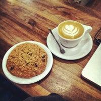 Das Foto wurde bei Intelligentsia Coffee von David B. am 1/27/2013 aufgenommen
