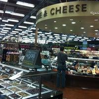Foto scattata a Whole Foods Market da Raul S. il 10/12/2012