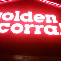 Photo taken at Golden Corral by Will Thrillz on 11/11/2012