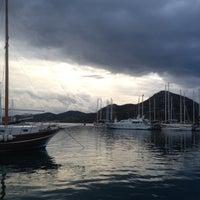 10/24/2012 tarihinde Guvenziyaretçi tarafından Bozburun Marina'de çekilen fotoğraf