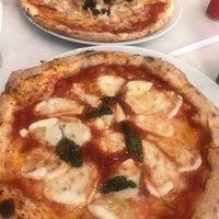 Foto scattata a Pizzeria Il Pellicano da Gözde il 7/13/2018