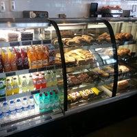 4/2/2013 tarihinde Emre Sziyaretçi tarafından Starbucks'de çekilen fotoğraf