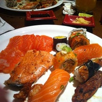 Photo taken at Restaurante Sushi & Grill by Alexandre N. on 2/9/2013