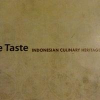 Photo prise au The Taste - Indonesian Culinary Heritage par Erni R. le10/27/2013