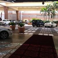 Photo taken at Jeddah Hilton Executive Lounge by Sohaib on 7/11/2013