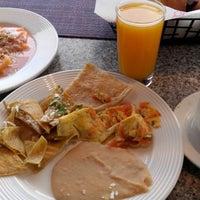Foto tomada en Restaurante Liverpool por grãÿs el 7/27/2014
