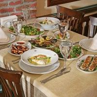 12/17/2012 tarihinde Suat Y.ziyaretçi tarafından Misina Balık Restaurant Fenerbahçe'de çekilen fotoğraf