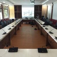 Photo taken at Kantor Dinas Pendidikan Provinsi Riau by Handy Ramli on 11/27/2016