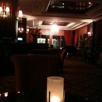 10/16/2012 tarihinde Deniz Ü.ziyaretçi tarafından Lounge Bar'de çekilen fotoğraf