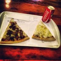Photo prise au O Pedaço da Pizza par Eduardo D. le11/22/2012