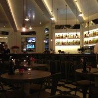 4/1/2013 tarihinde Javierziyaretçi tarafından La Gioia Cafe Brasserie'de çekilen fotoğraf