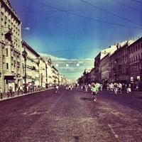 Снимок сделан в Невский проспект пользователем Oleg N. 7/27/2013
