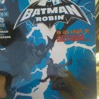 Foto diambil di Comic Stores oleh carmelo d. pada 10/1/2012