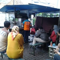 Photo taken at Mie Ayam Jhon by hary w. on 3/9/2013