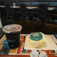 Photo taken at McDonald's by chinkui ち. on 7/14/2013