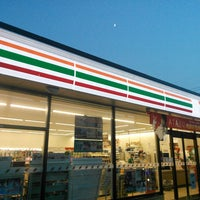 Photo taken at 7-Eleven by chinkui ち. on 9/12/2013