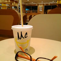 Photo taken at McDonald's by chinkui ち. on 7/31/2015