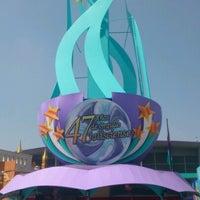 รูปภาพถ่ายที่ Fiestas de Octubre โดย Ferola เมื่อ 10/26/2012