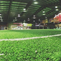 Photo taken at Sports Planet by Khir R. on 7/4/2013